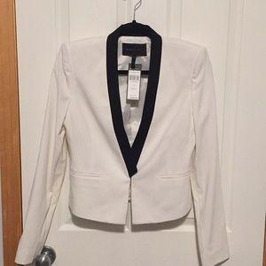 NEW with tags -BCBGMAXAZRIA cropped blazer size S